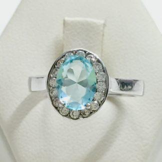 anello in argento con topazio