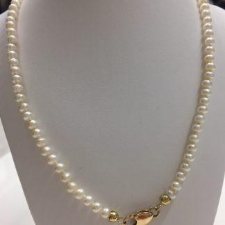 filo perle con chiusura in oro 18 carati